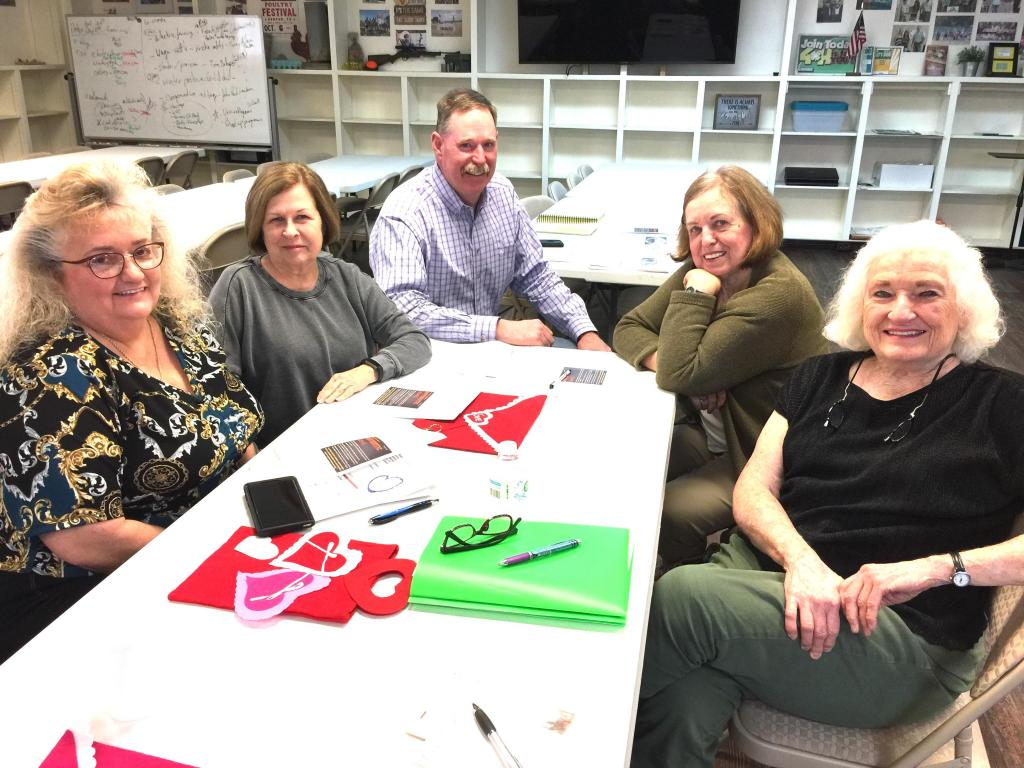 Pictured are a group of members, Lisa Albers, Cherry Jones, Carolyn Bounds, and Janette Wittmann, visiting with County Extension Agent Lane Dunn who presented a most informative programon Feb. 12
