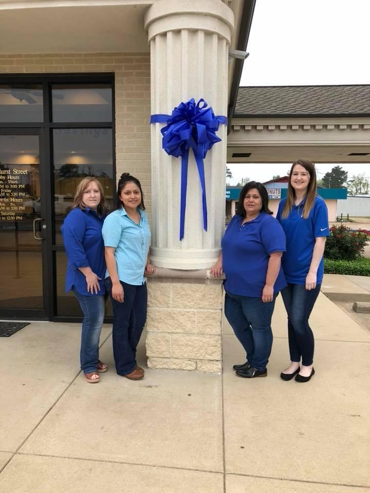 Shelby Savings Bank showing their support for #GoBlueDay!