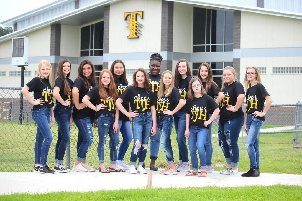 2019-2020 Middle School Cheerleaders: (left to right)  Sierra Carrico, Colbi Ford, Kayden Cooper, Kenley Moore, Laura Garza, Callie Ragsdale, Breunna Gregory, Avery Cooper, Natalie Johnson, Claycee Renick, Hannah Odom, Gretta Oliver,  and Ceale Kruse