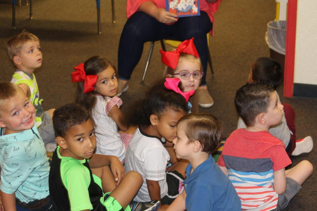 Excelsior ISD students seen at beginnnig of 2018-19 school year