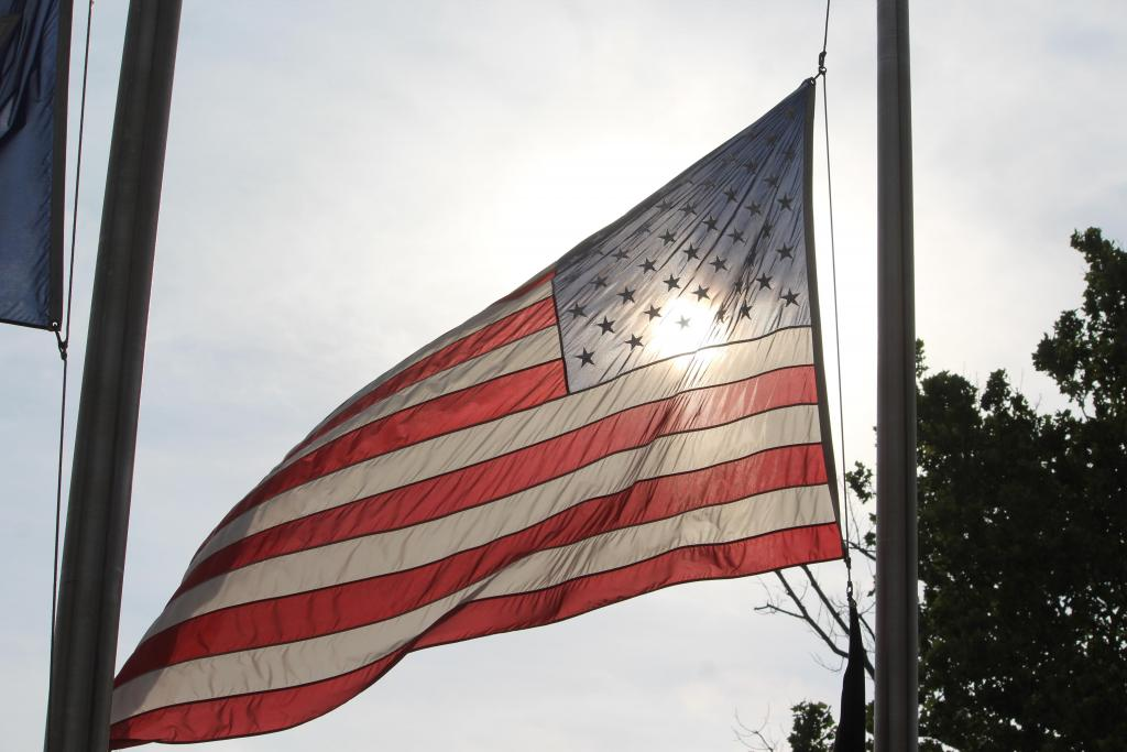 Indiana To Fly Flags At Half-Staff To Honor Shooting