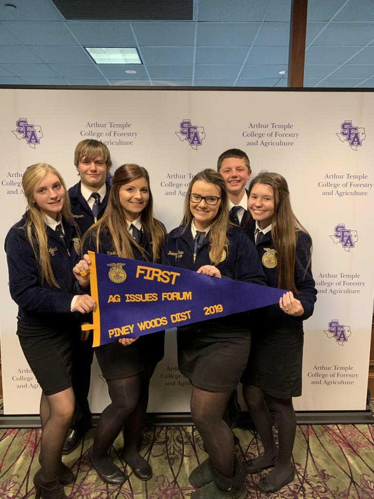 The Shelbyville Ag Issues team consists of Gracie Leach, Gage Thompson, Kirsti Jernigan, Delaney Dunn, Logan Williams and Lieza Klein.