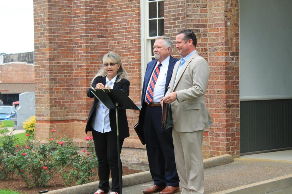 Scene from 2019 reading of the Declaration of Independence by local attorneys.