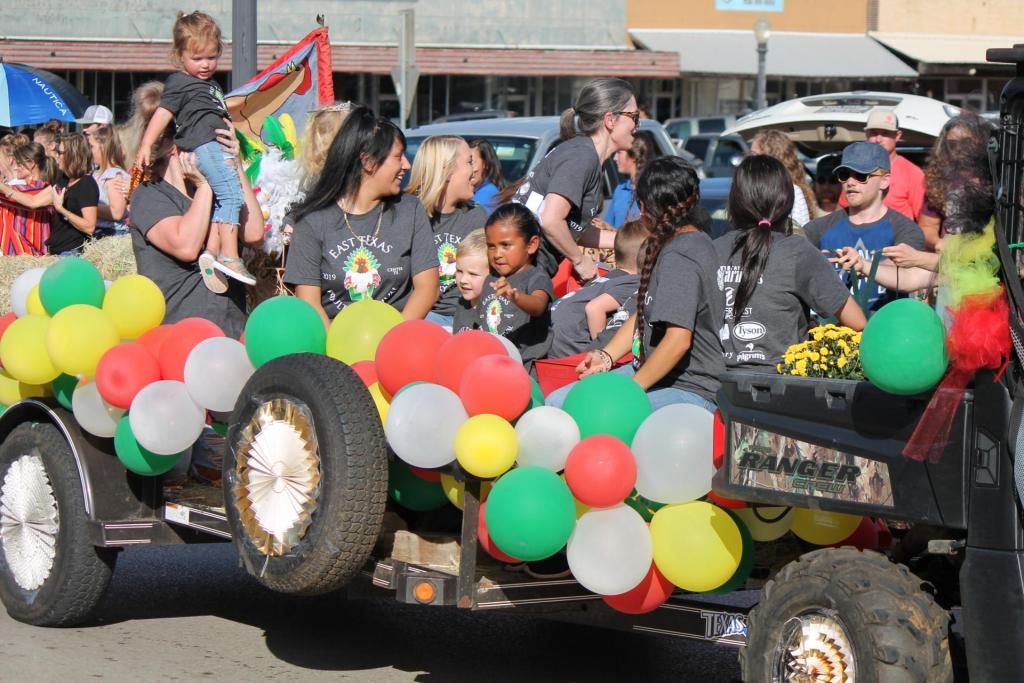 oo Dah Parade First Place Float Trophy Winner - Windham Family Dental