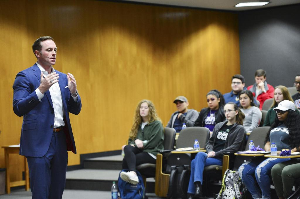 Jason Wright, a Stephen F. Austin State University alumnus, entrepreneur, small business owner and East Texas regional director for U.S. Sen. Ted Cruz, recently visited the university's campus to discuss career success with students in the Rusche College of Business.