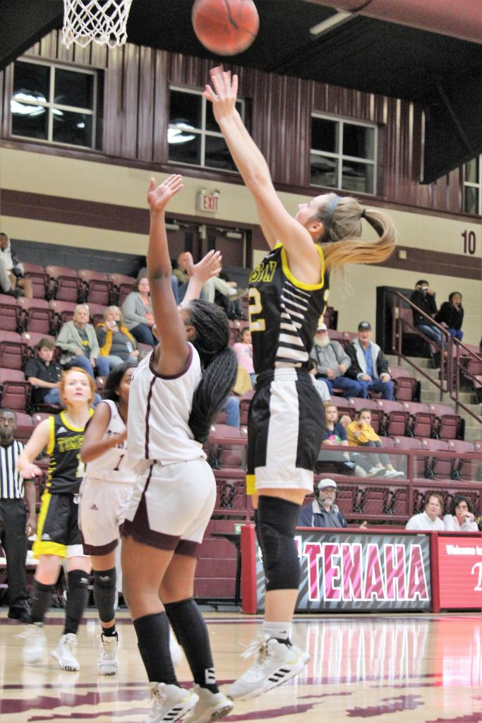 Timpson's Jaycee Campbell attacks the basket against district rival Tenaha. Campbell ended the night with 12-points on the board. (Photo by Taylor Bragg, Freelance Photographer)