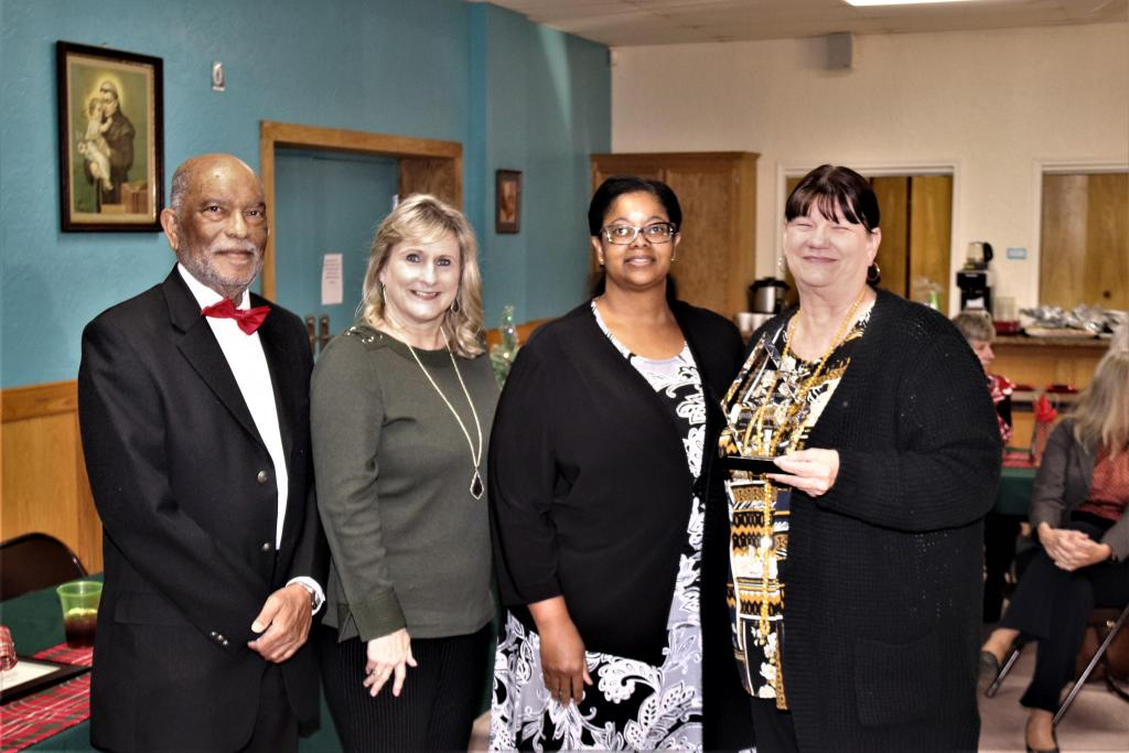 Pictured with Trowbridge (from Left) are: DETCOG Vice President, Nacogdoches City Councilman Roy Boldon, next is DETCOG Secretary, Shelby County Judge, Allison Harbison, DETCOG Immediate Past President, Houston County Attorney, Daphne Session and DETCOG Department Head of the Year Cynthia Trowbridge.