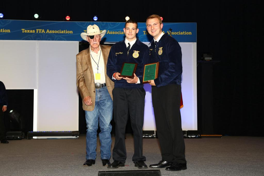 Wesley Wages was recognized as being the state winner in Star Green Hand Production.